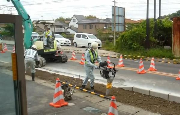 為何日本的道路比較平整