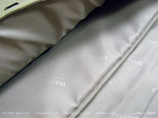 復古造型.瀟灑自在 -- Dicota Nature Style 三件式側背包
