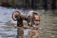 Steve McCurry 鏡頭下的人類韌性
