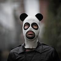 【寫實風】想受到歡迎的話,這個熊貓頭套有效嗎?