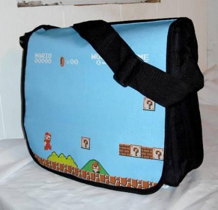 喜歡男友背這款包包的請舉手!