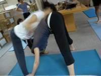 陽光妹 瑜珈成長日記 - 對折的奧意