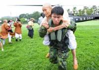 比新聞好多了,由CNN上面的颱風災害照片..