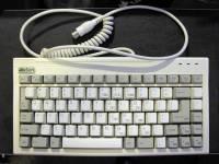 分享一個鍵盤 是ALPS軸麼