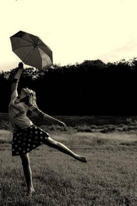 快來撐傘吧