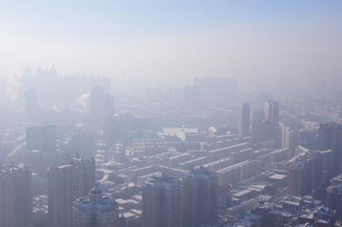 中國打算利用拖曳傘無人機來改善城市空汙問題