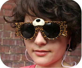 [kuso] 喵嗚~變身!這副太陽眼鏡夠時尚嘛!!