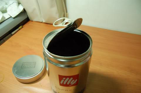illy深度烘培咖啡粉不專業開箱