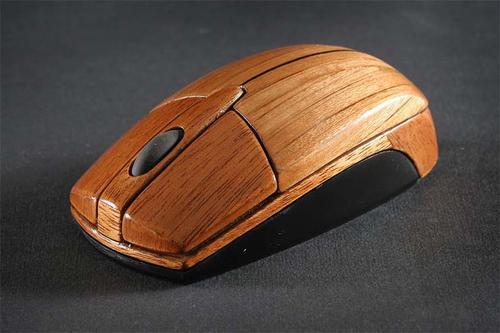 在木頭的世界,連3C也變得有氣質起來