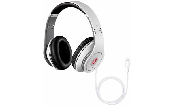 Apple公佈全新「Lightning耳機」規格: iPhone / iPad 專屬強勁裝置,不再只是聽歌那麼簡單