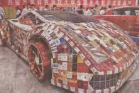 為勸煙民戒菸,大陸學生用空煙盒製造出戒菸車!