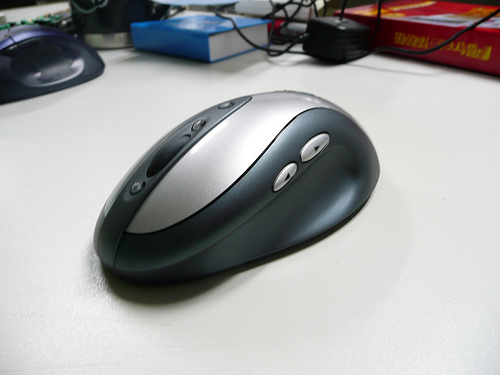 ~羅技 Mx900 Bluetooth Optical Mouse~