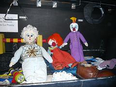 太陽劇團的小丑娃娃