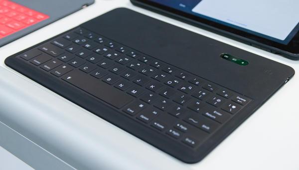 Computex 2014:不用羨慕微軟平板 Surface 的神奇鍵盤,現在 iPad 也能擁有!