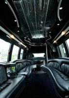 性愛巴士 不知道收不收悠遊卡…