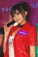 Nokia 5800 香港發佈會美女圖 餘下可見人的照片