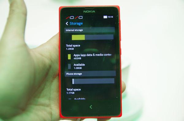 MWC 2014 : 最熟悉的陌生人? Nokia X 、 XL 初步體驗