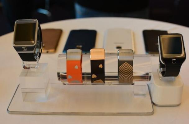 Galaxy S5 實機預先曝光: 就在Samsung發佈場地 [影片]