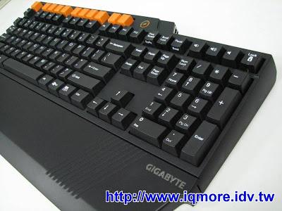技嘉(Gigabyte) GK-K8000 機械式電競鍵盤 搶先曝光