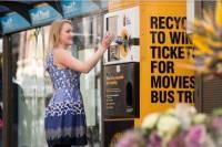 澳州自動販賣機 不收現金只收垃圾
