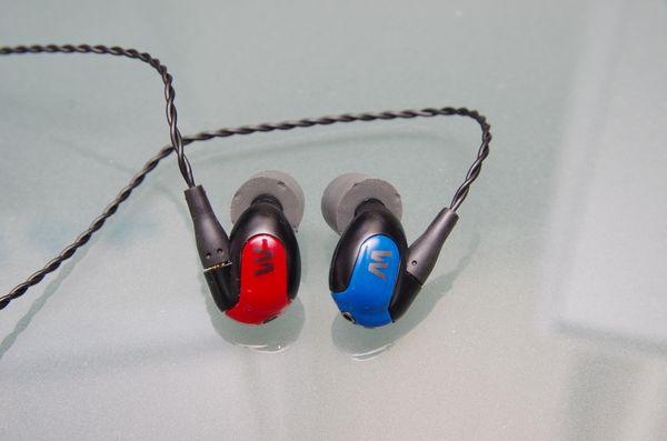 中性而具音樂性的前旗艦進化, Westone W40 耳機動手玩