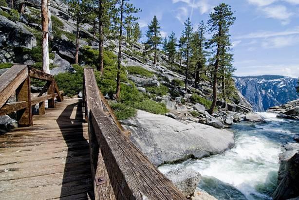 """新一代 Max OS X 名叫 """"Yosemite""""  到底 Yosemite 是什麼?"""