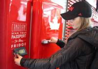 加拿大人才打得開的啤酒冰箱現身索契(Sochi)冬奧