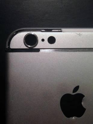 iPhone 6 機背醜陋的線是甚麼? 新相拆開看清楚