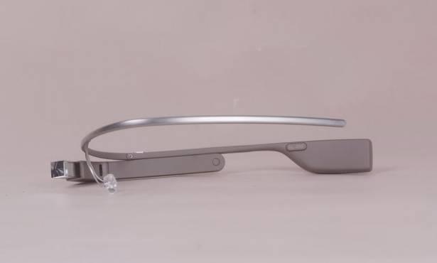 Google Glass開箱動手玩,不僅是很潮的3C產品,更揭示著人們未來可能的生活
