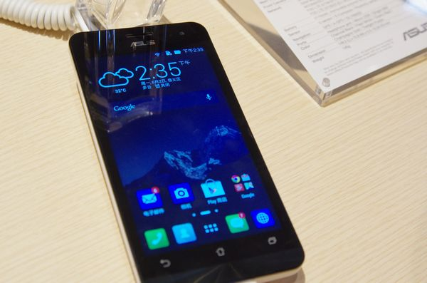 Computex 2014 :華碩展前記者會新品介紹、不確定上市時間的高通版 LTE ZenFone A500KR