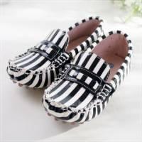 魔法Baby ~KUKI 酷奇俏皮斑馬條紋質感系童鞋 黑白條紋 ~男女童鞋~時尚設計童鞋~sh051