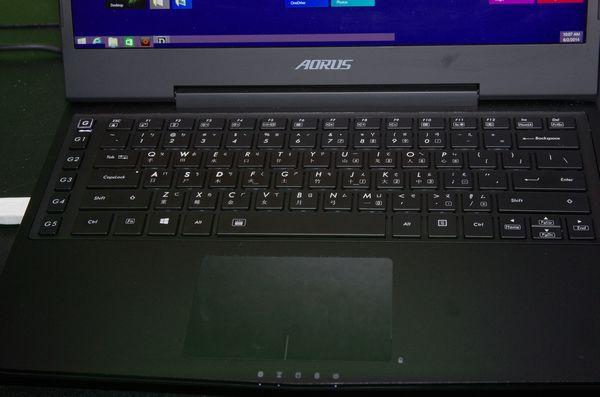 Computex 2014 :AORUS 發表第二款電競筆電 X3 ,重量僅 1.87 公斤並搭載 GTX 870M 與 QHD+ 螢幕