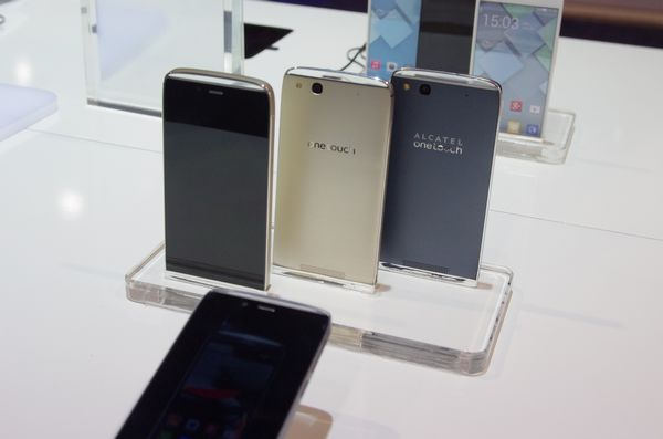 TCL 展出 Alcatel IDOL X+ 真八核與 IDOL Alpha 兩款手機