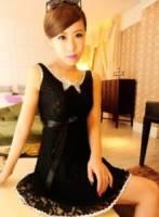 《正品玫瑰園》浪漫柔感蕾絲V型美背連衣裙 現+預 2色