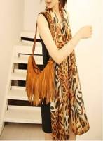 完美比例》時尚豹紋大批披肩