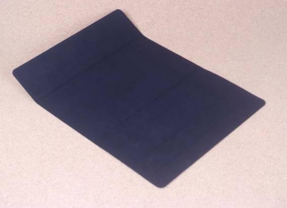 帶有超神奇鍵盤保護套的i-rocks超薄無線藍牙鍵盤IRK36B