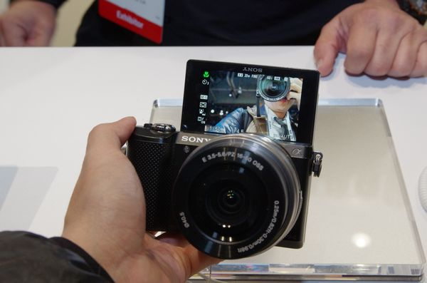 CES 2014 : Sony 於 CES 發表 NEX3 後繼機種 A5000