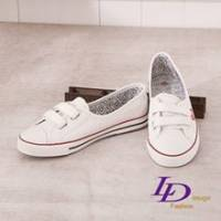 《LD image》甜美效應.輕盈芭比STAR防水帆布鞋.白色
