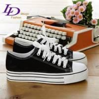 《LD image》時尚定番˙增高厚底素面線條帆布鞋.黑
