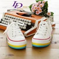 《LD image》Colorful推薦˙彩色線條厚底增高菱格車紋帆布鞋.白
