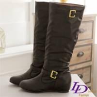 《LD image》時尚學院 經典雙C金質釦環內增高長靴.靚黑