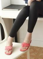 《Moscova》民族風采。流蘇設計夾腳平底涼鞋-粉色