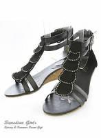 《幸運之花》華麗浪漫~花瓣層次水鑽楔型涼鞋 黑