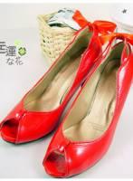 《幸運之花》成熟名媛漆皮露趾高跟鞋 紅