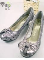 《幸運之花》貴婦款~奢華亮片蝴蝶結低跟鞋 銀