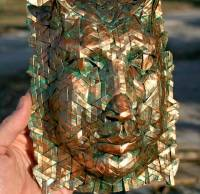 像極古文物的金屬面具只用一張紙搞定?