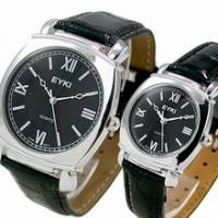 《尊爵品味》黑面皮革對錶