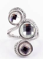 《完美比例》三鑽戒指(銀色)