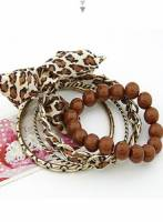 《完美比例》大蝴蝶結珠珠多層手環