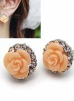 《完美比例》滿鑽玫瑰花耳針